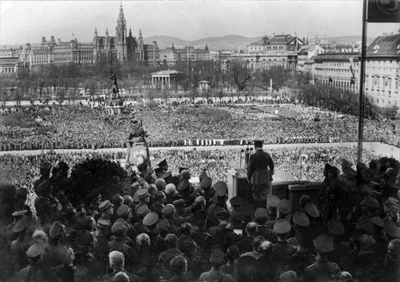Hitler addresses citizens in Vienna's Heldenplatz, March 1938