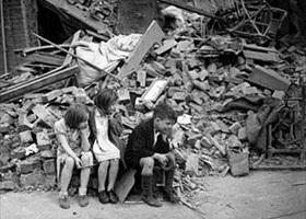 Homeless East London children, September 1940