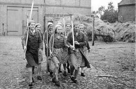 Members of the League of German Girls during 1939 harvest season