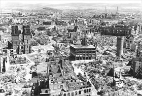 Hamburg's Altstadt, 1947