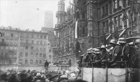 Munich's Marienplatz on November 9, 1923