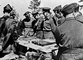 Allied POWs examining Katyn remains, 1943