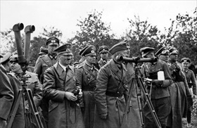 Rommel (center) on Hitler's left in Poland, September 1939
