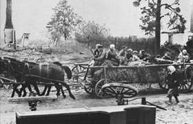 East Prussian refugees flee west by wagon and foot