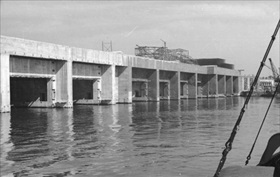 St. Nazaire's U-boat pens under construction, April 1942