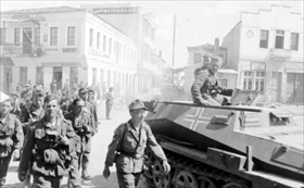 German military incursions in Europe: German reinforcements enter Athens, May 1941