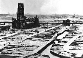 Rotterdam's destroyed city center, 1940