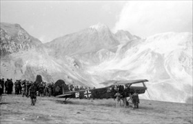 "Fieseler Storch (""Stork""), Campo Imperatore Hotel, September 12, 1943"