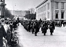 German soldiers on Oslo's Karl Johans gate, April 9, 1940