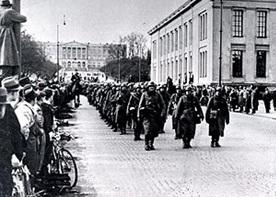 German soldiers on Oslo's Karl Johans gate, April 9, 1940