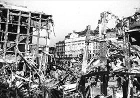 Warsaw following Luftwaffe raids, 1939