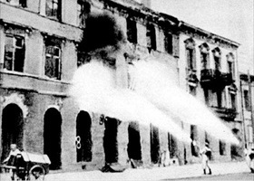 Warsaw Uprising: German flamethrowing units, Warsaw 1944