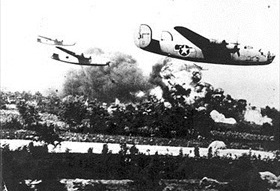 Low-altitude-flying Liberators, Ploiești, August 1, 1943