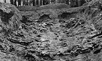 Mass grave, Katyn Forest, 1943