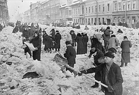 Cleaning a Leningrad street, 1942