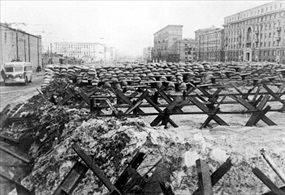 Antitank barricades, Moscow, October 1941