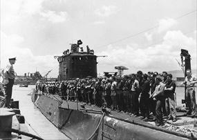 Carlson's Raiders welcomed back, Pearl Harbor, August 26, 1942