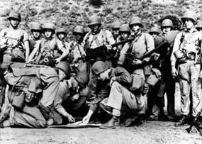 Carlson's Raiders train for August 17–18, 1942, Makin Raid