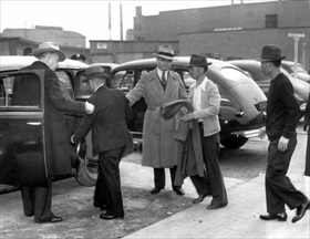 Japanese American internment: Terminal Island aliens roundup, February 2, 1942