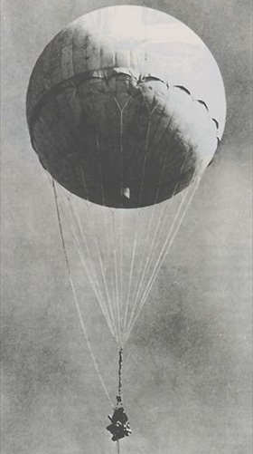 Captured Japanese fire balloon re-inflated for U.S. training demo