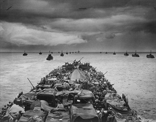 U.S. landing at Cape Sansapor, New Guinea, July 30 or 31, 1944