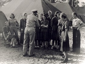 Admiral Kincaid and Navy nurses after rescue