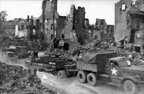 Red Ball Express convoyed through ruined French city