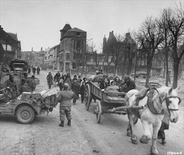 Civilians evacuating Bastogne, late 1944/early 1945