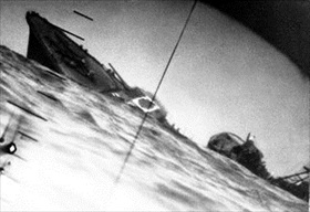 "USS ""Nautilus"" sinks Japanese destroyer ""Yamakaze,&quote June 25, 1942"