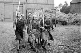 Members of the League of German Girls during 1939 harvest season